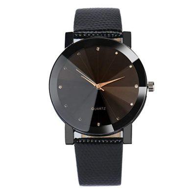 Reloj de acero con correa de cuero